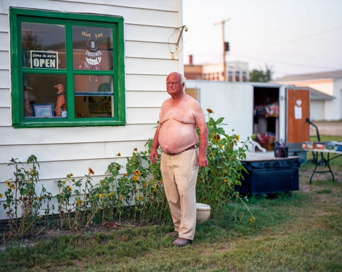 Kyler Zeleny - Crown Ditch & The Prairie Castle | Pellicola Magazine